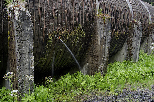 leaking-aqueduct-in-oregon